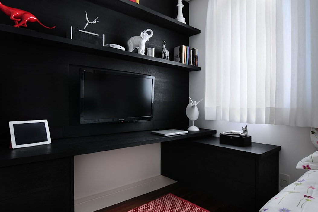Apartamento no Campo Belo Quartos minimalistas por Mario Catani - Arquitetura e Decoração Minimalista Madeira Efeito de madeira