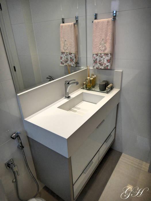 Banheiro suite da menina Banheiros modernos por Gabriela Herde Arquitetura & Design Moderno