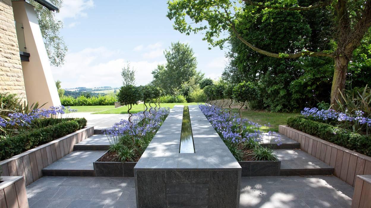 Jardins  por Wildblood Macdonald