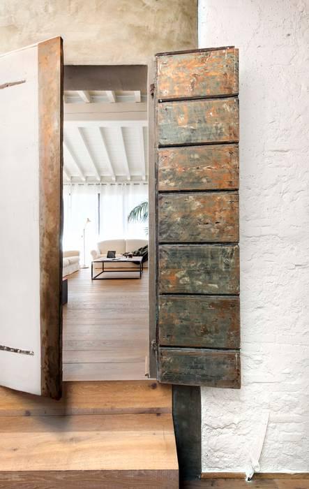 Studio Maggiore Architettura: Soggiorno in stile in stile Moderno di Studio Maggiore Architettura