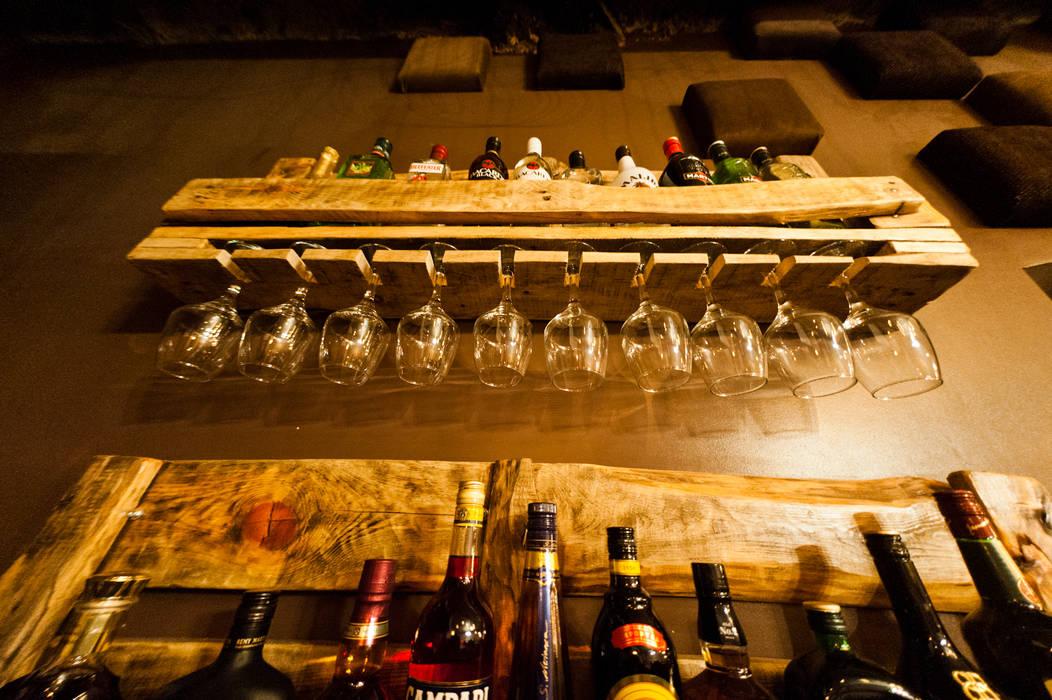 Rustic style bars & clubs by Дизайн студия fabrika Rustic