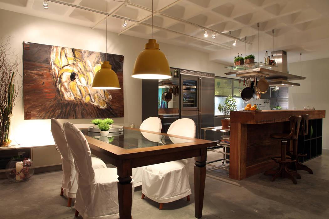 Comedores de estilo moderno de Mundstock Arquitetura Moderno
