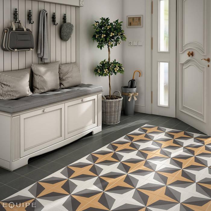 Caprice DECO Wave Colours 20x20 Pasillos, vestíbulos y escaleras de estilo colonial de Equipe Ceramicas Colonial