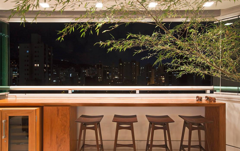 Modern balcony, veranda & terrace by Dubal Arquitetura e Design Modern