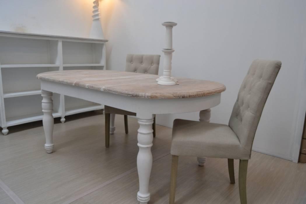 Tavolo ovale bianco shabby chic: casa in stile di ethnic chic | homify