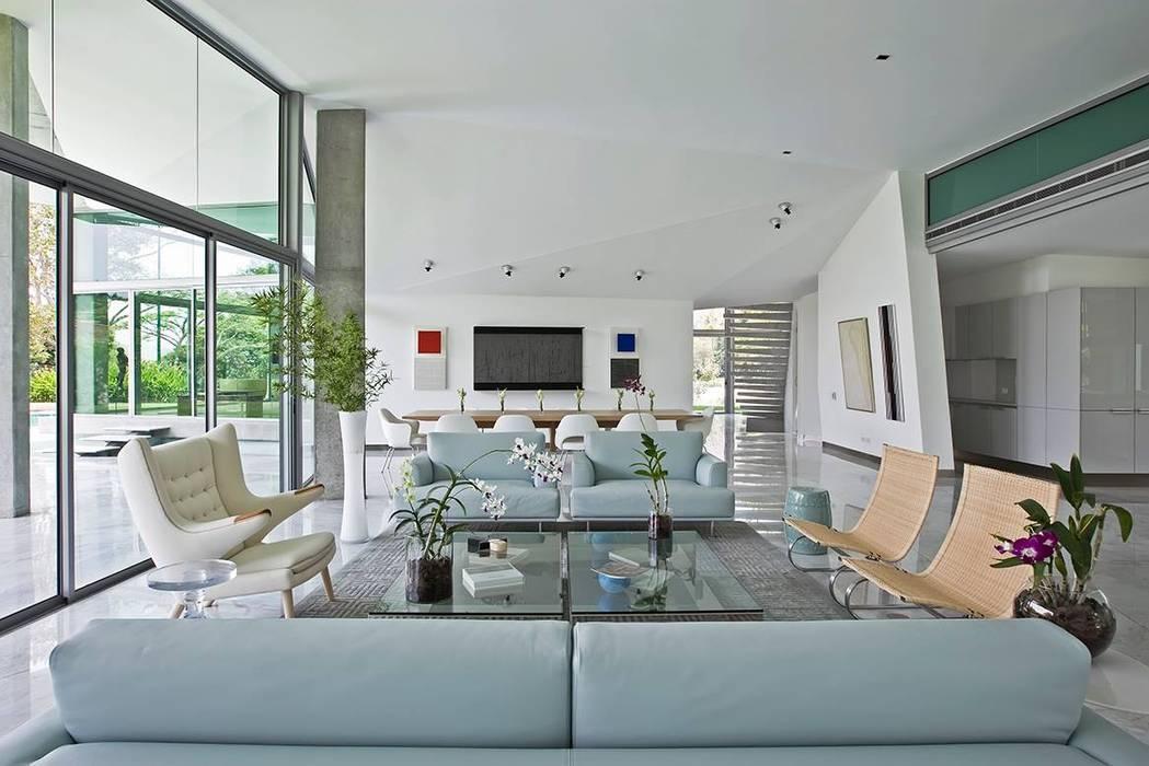 Salon de style  par oda - oficina de arquitectura, Moderne