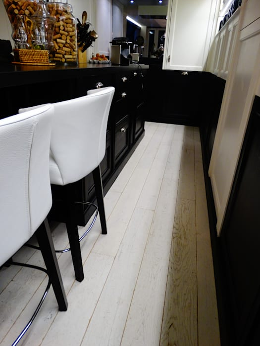 renovation d'une maison individuelle Paris: Cuisine de style de style Moderne par ADD
