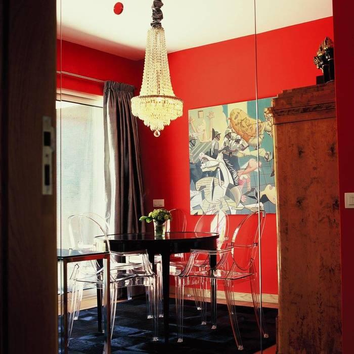 Salas / recibidores de estilo  por CUBICULUM   //  arquitectura & interiores , Ecléctico Madera maciza Multicolor
