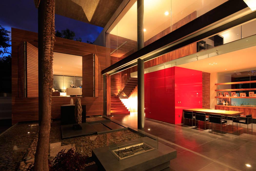 Patios & Decks by Echauri Morales Arquitectos