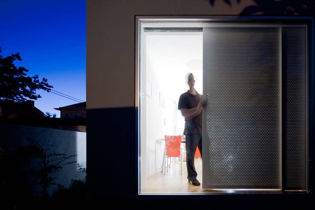 Casa na Ajuda EXTRASTUDIO Janelas e portas mediterrânicas