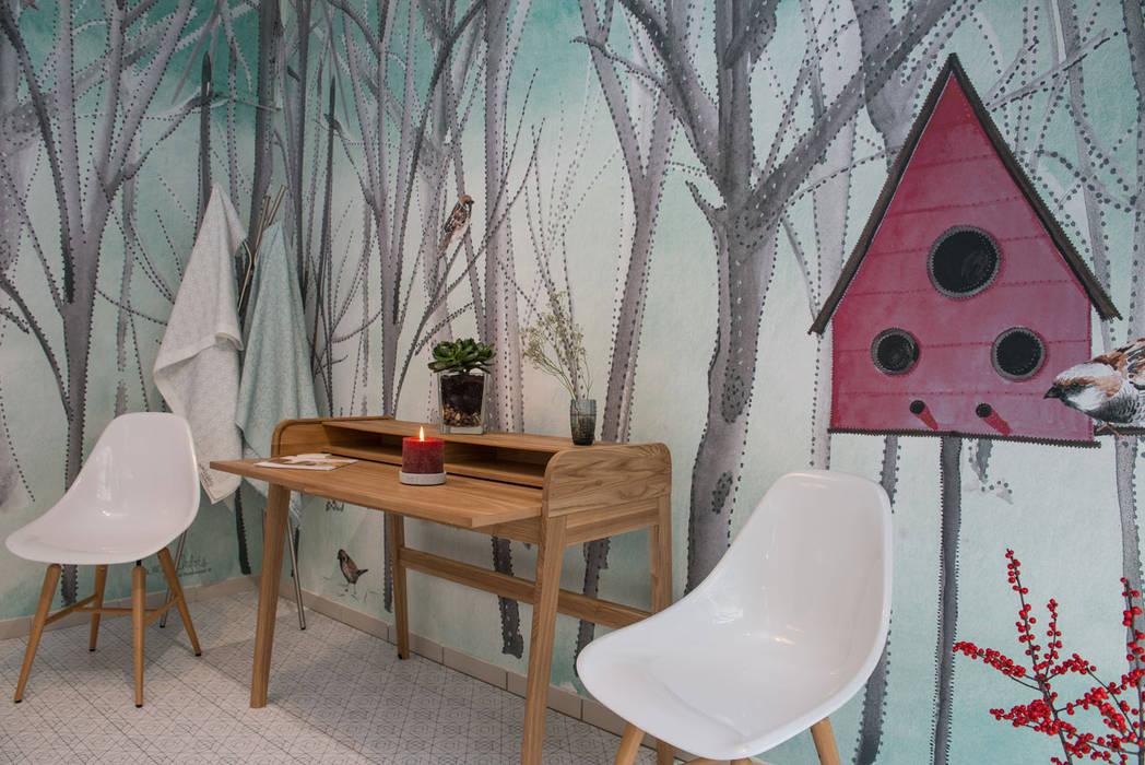 """Wandtapete """"Pajarera"""" Silvia Betancourt Designs Moderne Wände & Böden Papier Mehrfarbig"""