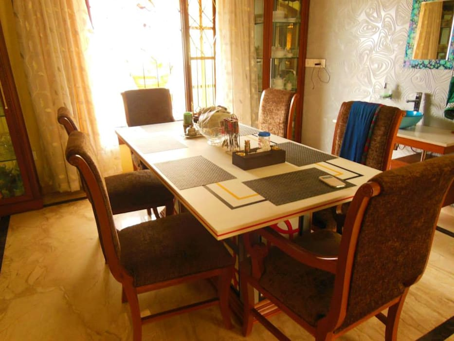 Residence. Rita Mody Joshi & Associates Modern dining room