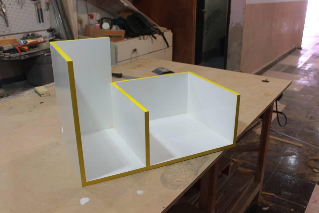 Repisa de Nesign - Diseño y fabricación de muebles. Minimalista