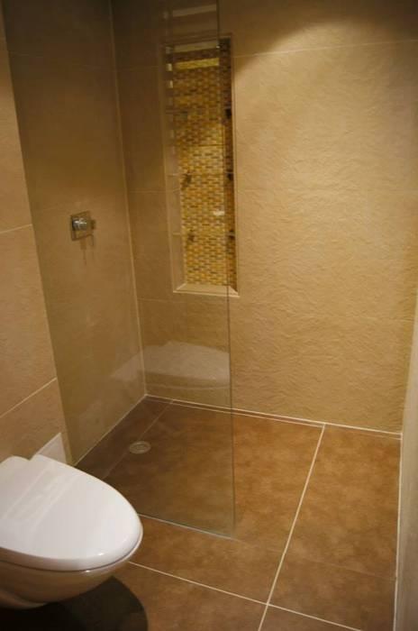 Ducha Baño: Baños de estilo clásico por MARECO DESIGN S.A.S