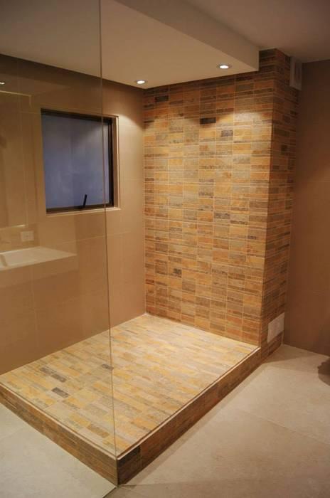 Baño Principal : Baños de estilo  por MARECO DESIGN S.A.S,
