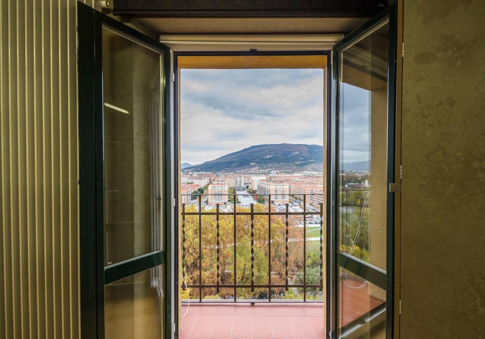 Vistas Hoteles de estilo moderno de jaione elizalde estilismo inmobiliario - home staging Moderno