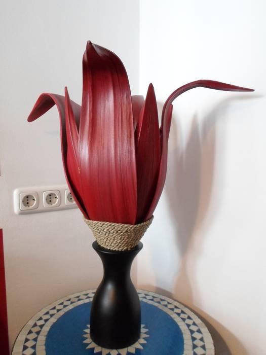 Palmenblatt Lampe In Rot Wohnzimmer Von Moroder Design Homify