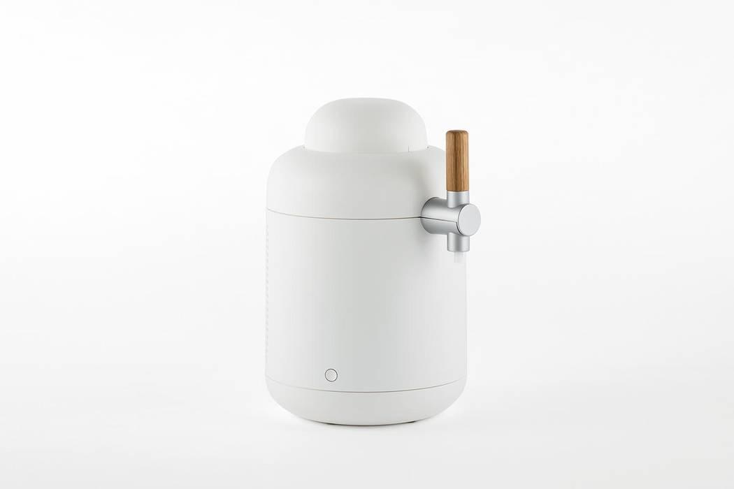 Home Beer Server & Bottle: YOTA KAKUDA DESIGNが手掛けたミニマリストです。,ミニマル