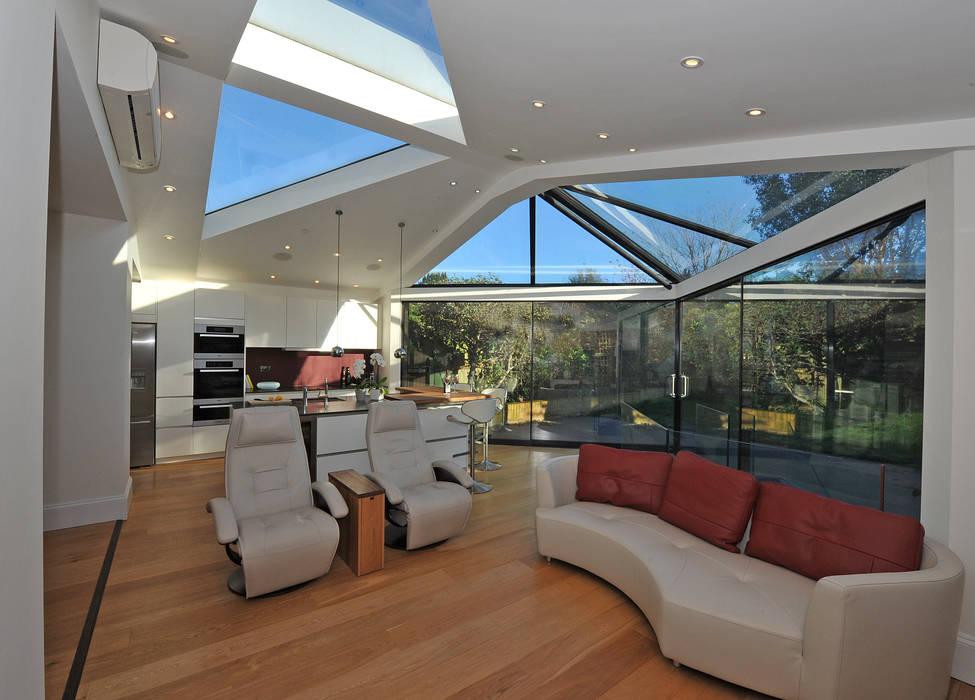 modern  by Paul Wiggins Architects, Modern