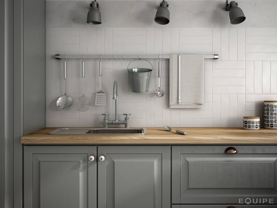 Dunas White Matt 6x24,6 homify Cocinas de estilo colonial