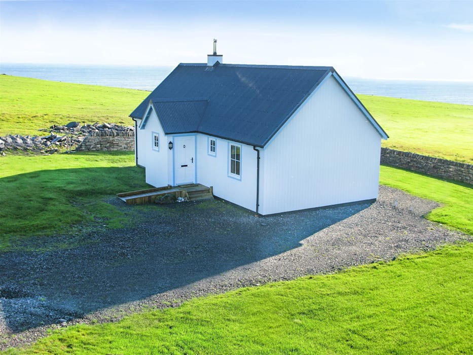 Two Bedroom Wee House - Caithness โดย The Wee House Company คลาสสิค