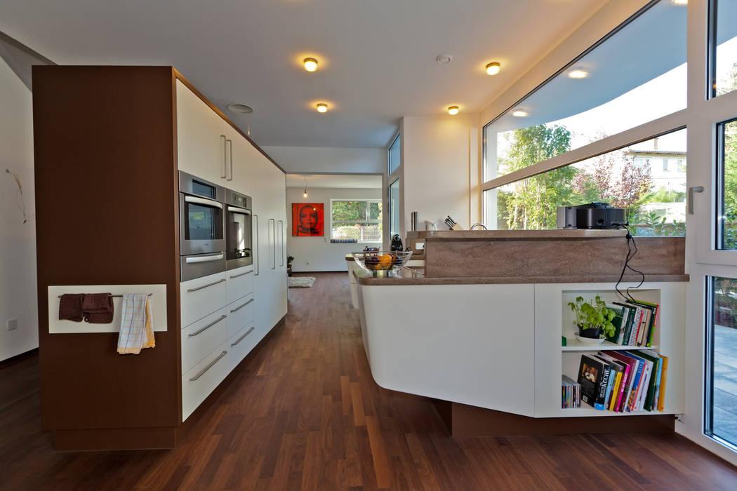 Modern kitchen by Atelier Fürtner-Tonn Modern