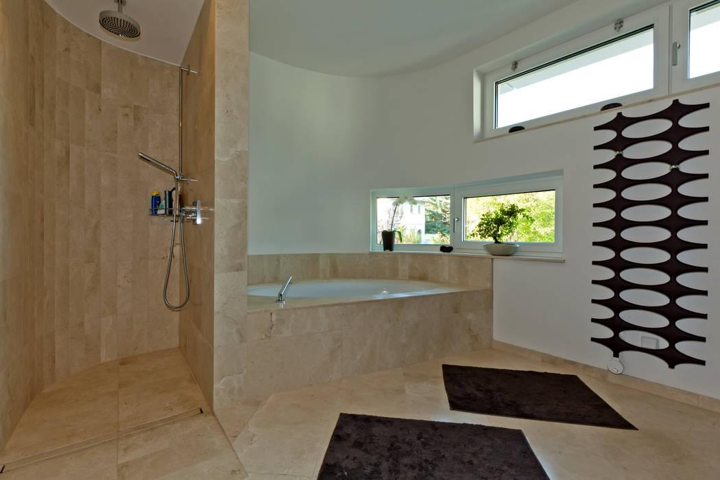 Modern Bathroom by Atelier Fürtner-Tonn Modern
