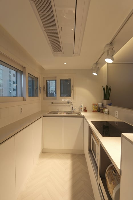 Kitchen by 홍예디자인, Scandinavian