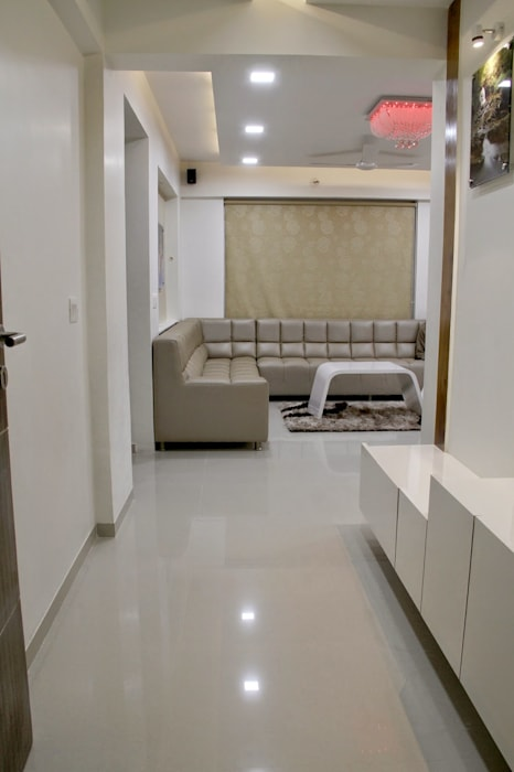 3BHK - Interior 9th Floor Flat @Bharuch Modern living room by SkyGreen Interior Modern