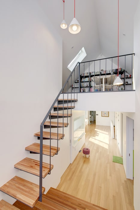 mlnp architects Modern Corridor, Hallway and Staircase