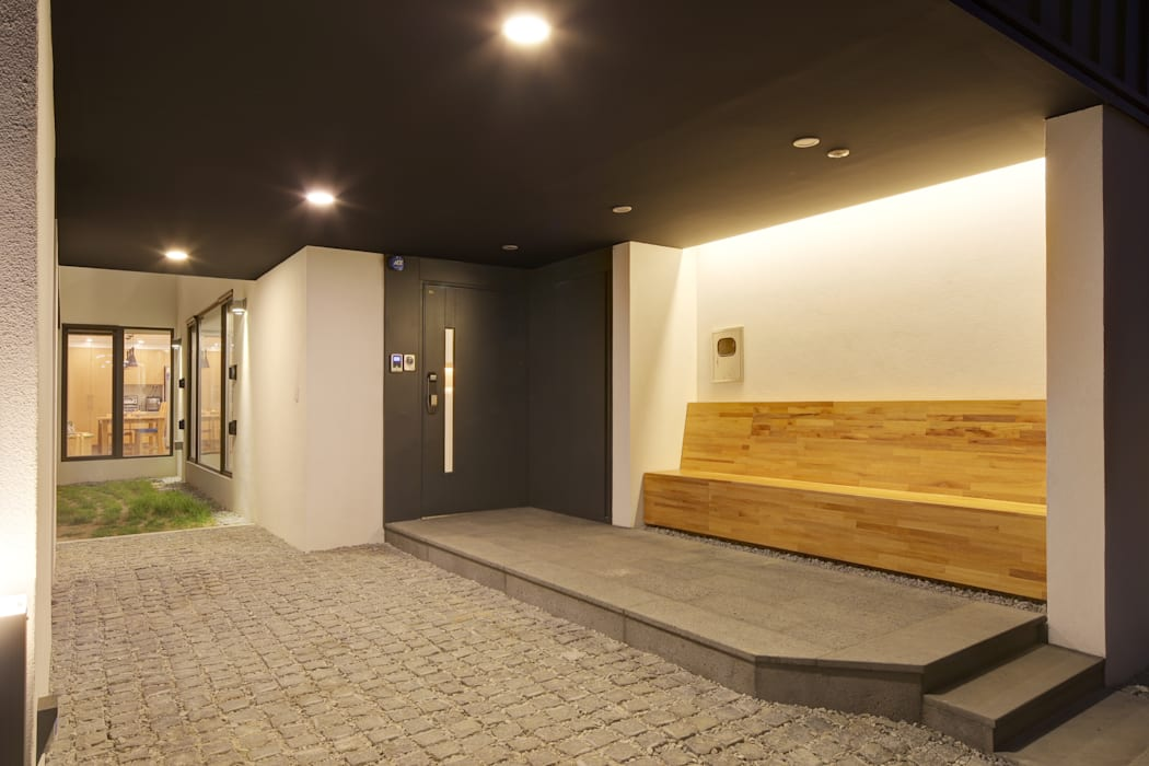 Corridor & hallway by mlnp architects