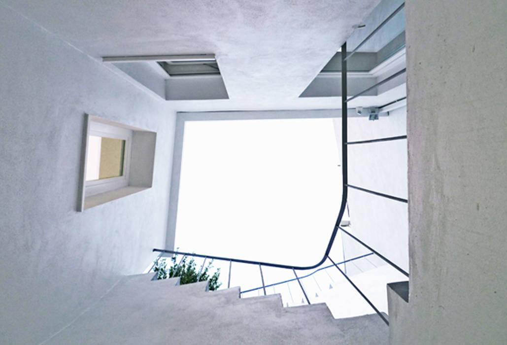 Atelier ASVS, Porto por ASVS Arquitectos Associados Moderno
