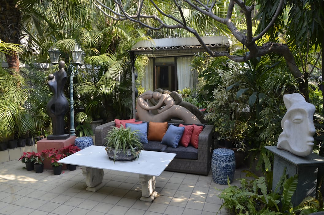private residence VISIONS Classic style garden