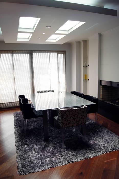Gentleman  Apartament  ( apartamento para hombre soltero) : Salas de estilo moderno por MARECO DESIGN S.A.S