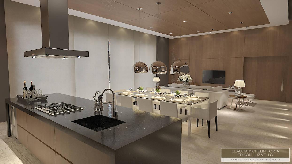 Horta e Vello Arquitetura e Interiores Salle à manger moderne Bois Effet bois