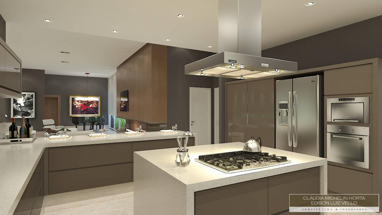 Residência contemporânea Horta e Vello Arquitetura e Interiores Cozinhas modernas MDF Bege