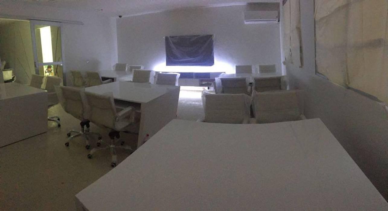 Felipe Lara & Cía Modern clinics Natural Fibre White