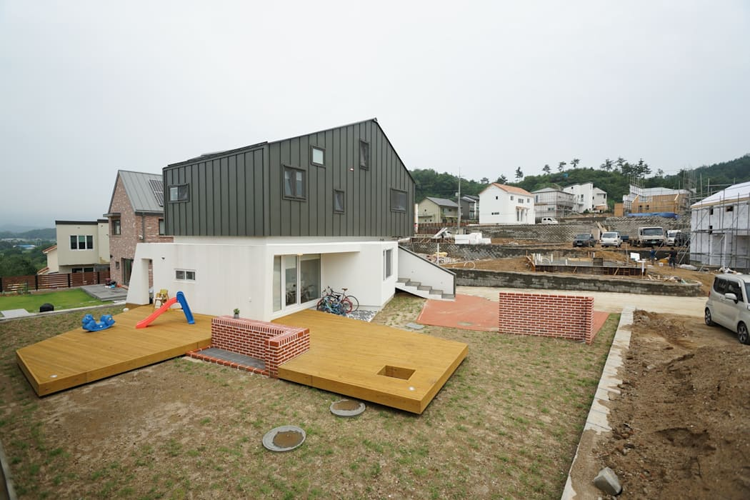 Modern houses by ADMOBE Architect Modern