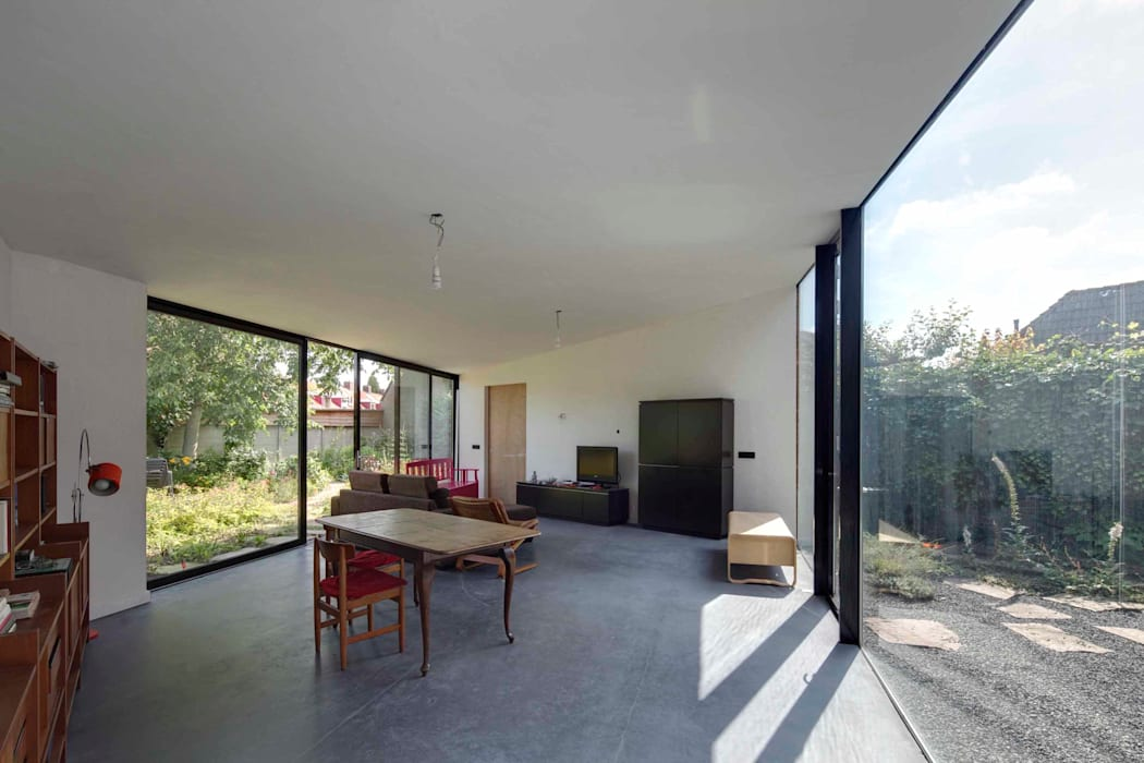 uitbreiding woonhuis Moderne eetkamers van JMW architecten Modern Glas