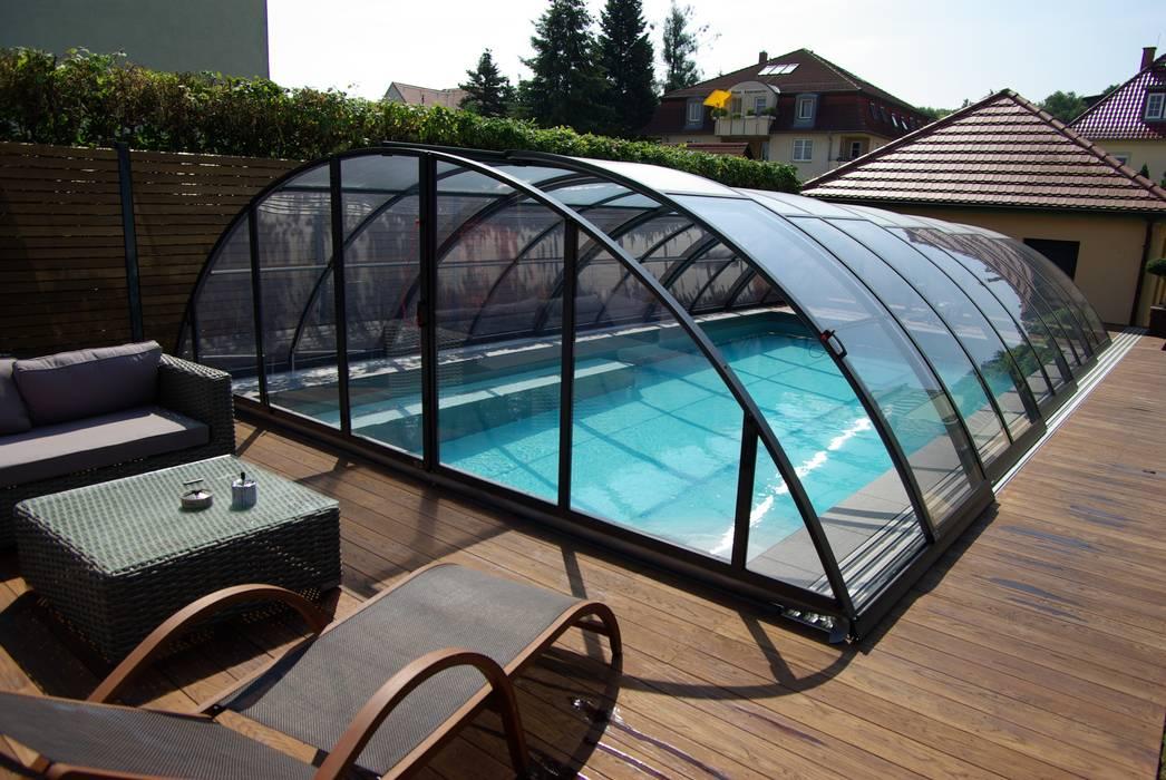 Foliebecken grau-hellgrau+ FKB Schwimmbadtechnik Moderne Pools