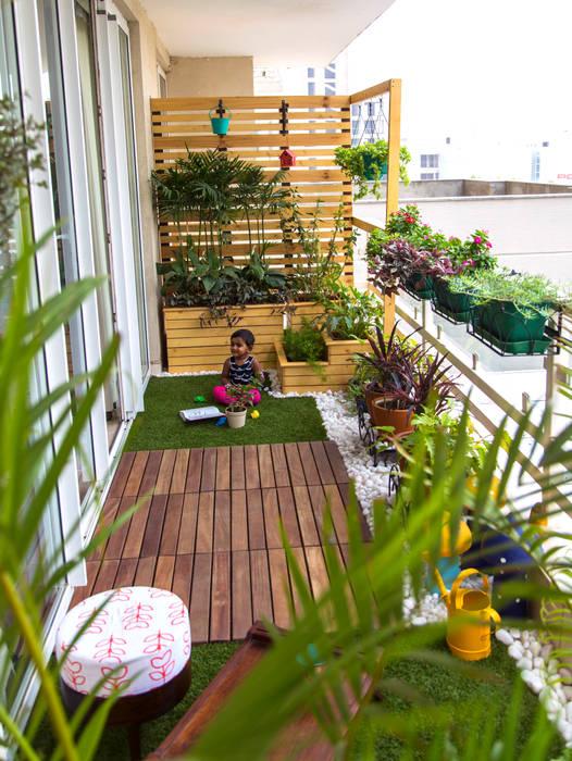 Balcony makeover - English Country style balcony, veranda & terrace by Studio Earthbox Country