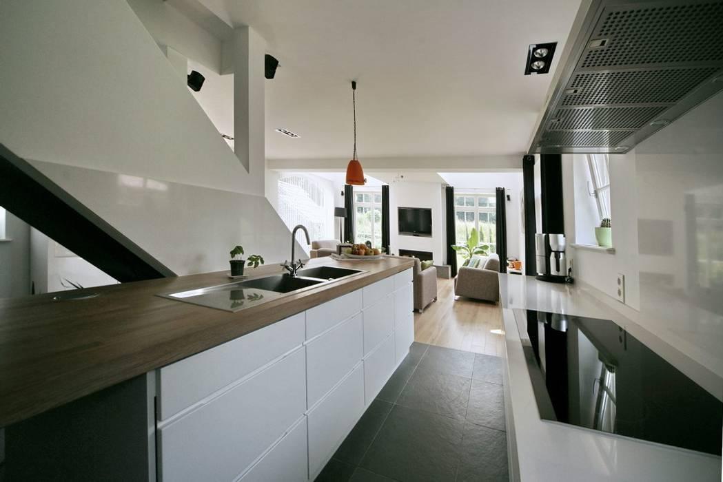 Кухни в . Автор – Rove, Модерн