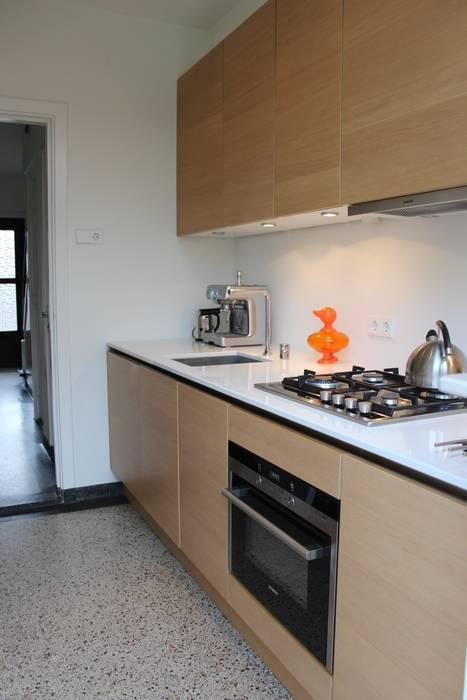Cocinas de estilo moderno de Dick van Aken Architectuur Moderno