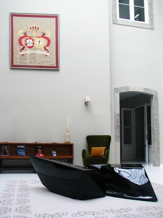 сучасний  by Office of Feeling Architecture, Lda, Сучасний Метал