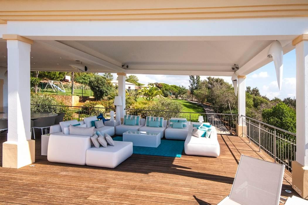 Portfolio Modern balcony, veranda & terrace by CPD Sound & Vision Modern