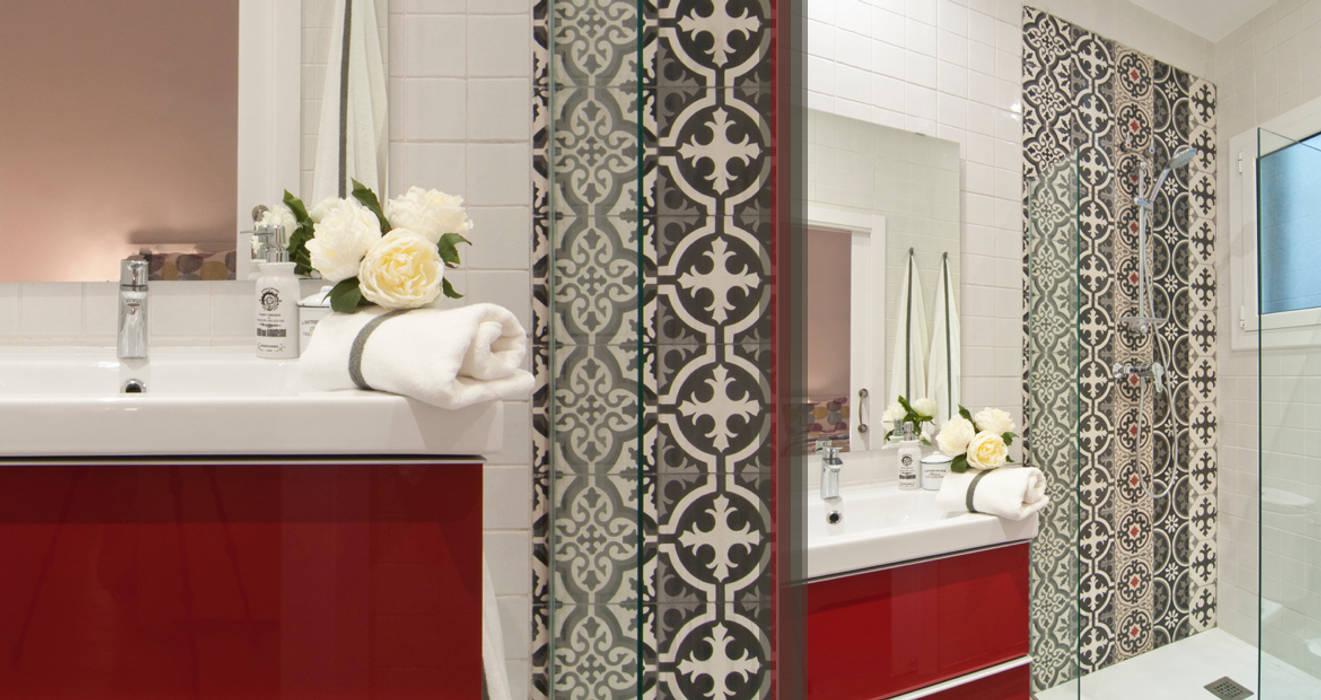 Pinar Miró S.L. Modern bathroom
