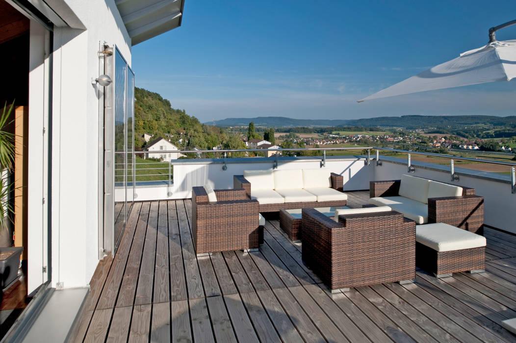Terrazas de estilo  de Hauptvogel & Schütt Planungsgruppe, Moderno