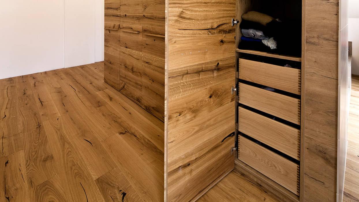 Einbauschrank In Wildeiche Fur Schlafzimmer Modern Von Held