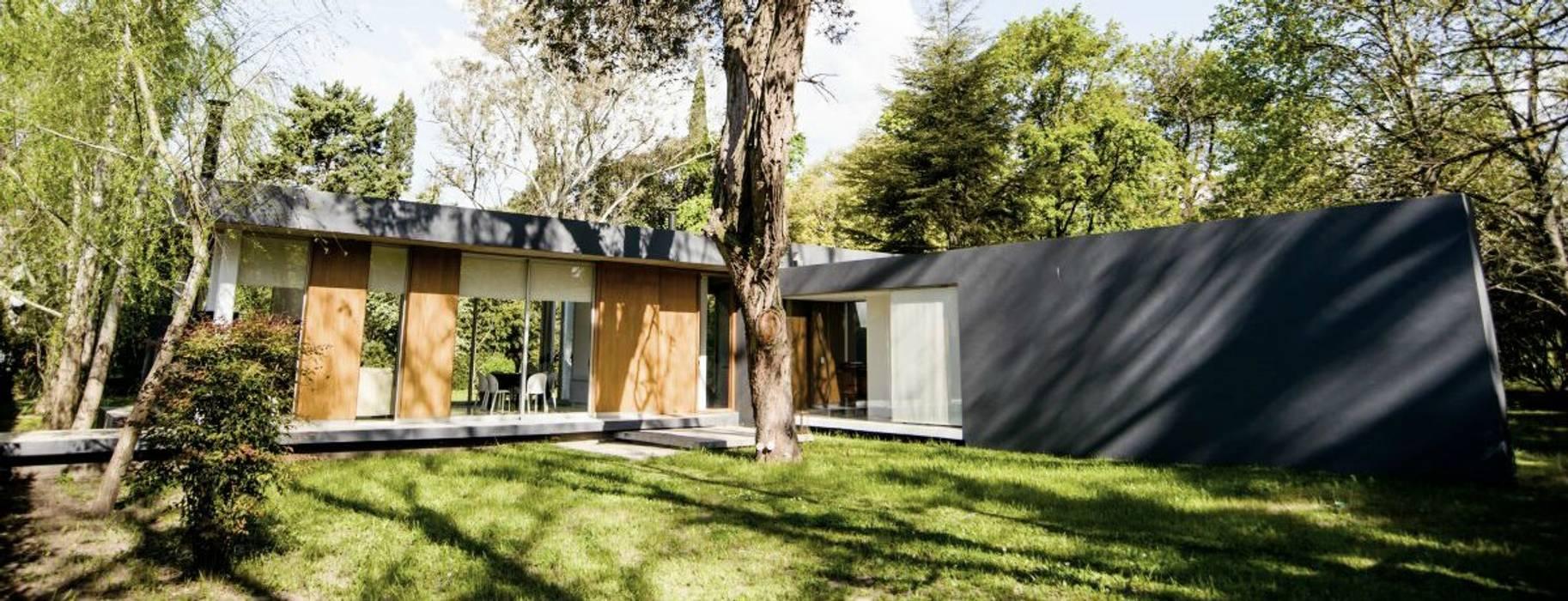 Casa AP Taman Modern Oleh Felipe Gonzalez Arzac Modern