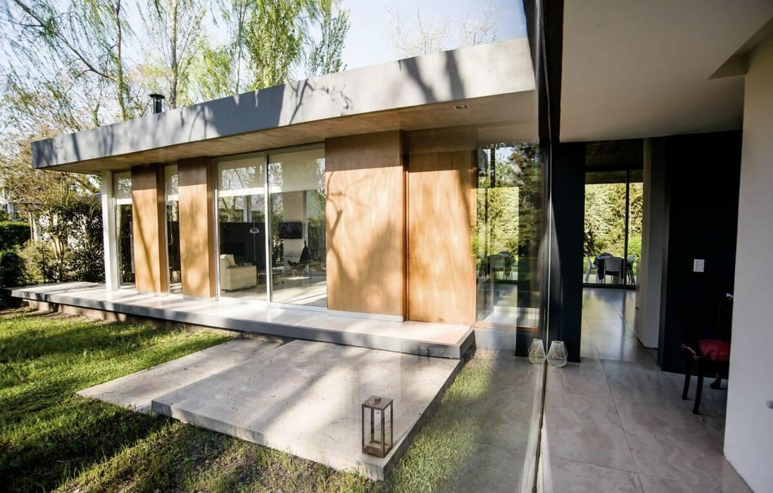 Casa AP Rumah Modern Oleh Felipe Gonzalez Arzac Modern